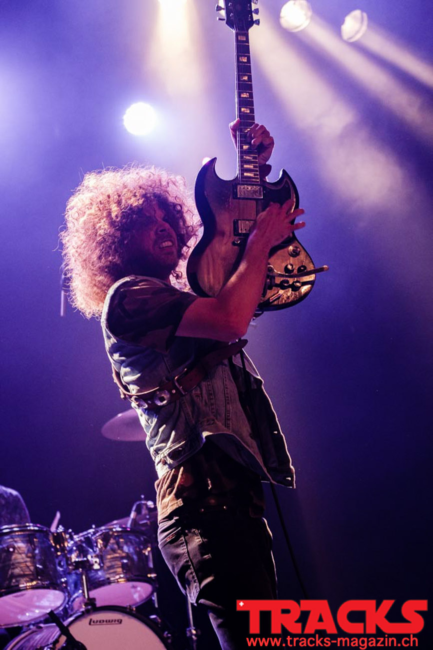 20190611_Wolfmother-at-Xtra_Sandro-Thaler-1
