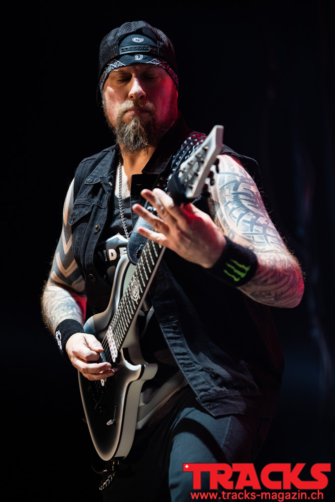 Five Finger Death Punch, Hallenstadion, Zürich